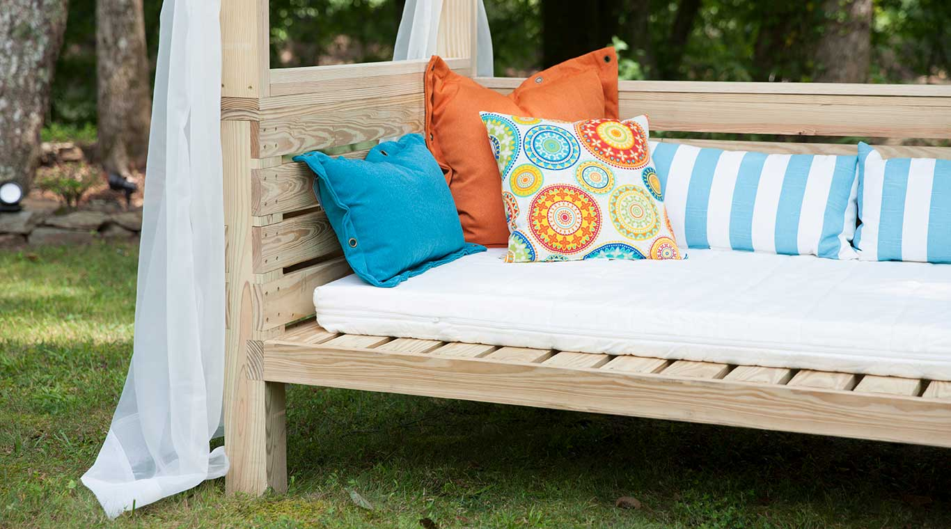 - Outdoor Daybed YellaWood